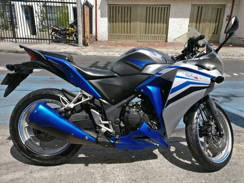 moto honda cbr250r frenos abs edición única, único dueño