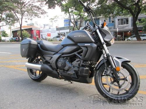 moto honda ctx 700