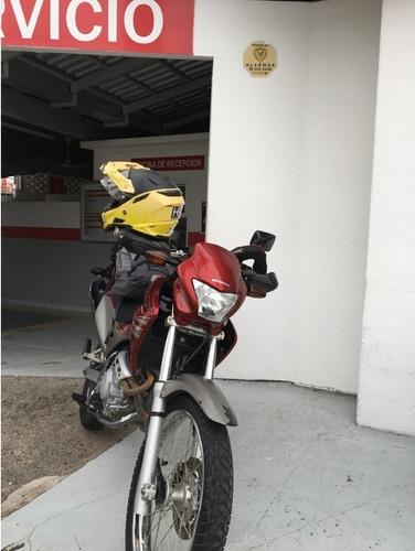 moto honda falcon nx400, 2012, roja, 43,500 km, único dueño