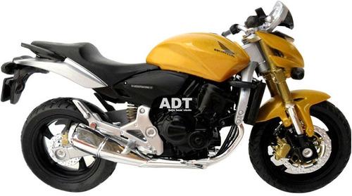 moto honda hornet triumph suzuki yamaha r1 miniatura coleçao