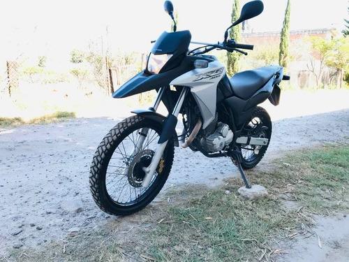 moto honda xre 300  2018