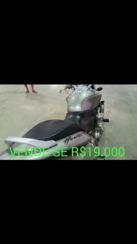 moto hornet 600