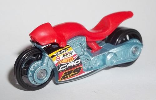 moto hot wheels escala 1/64