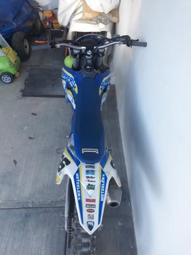 moto husaberg 450cc.
