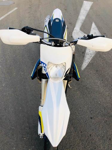 moto husqvarna ktm 350cc pista y enduro