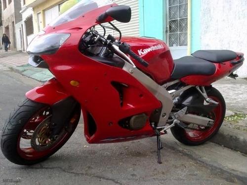 moto kawasaki ninja esportiva