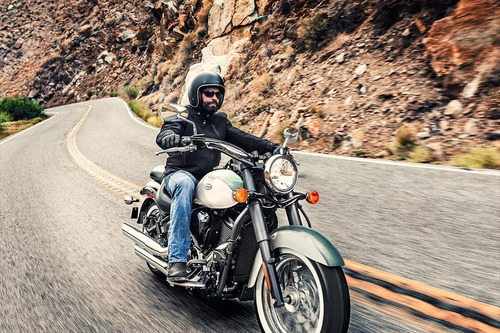 moto kawasaki vulcan 900 classic