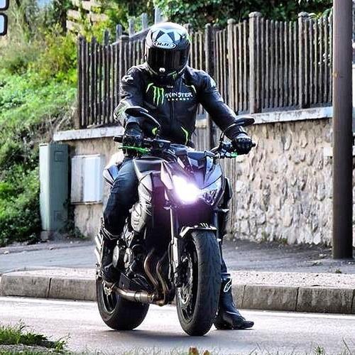 moto kawasaki z 800  2014 0km