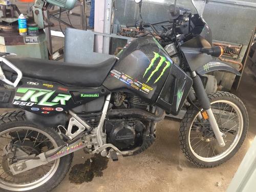 moto kawasaky 650 doble propósito