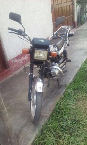 moto kayak  125
