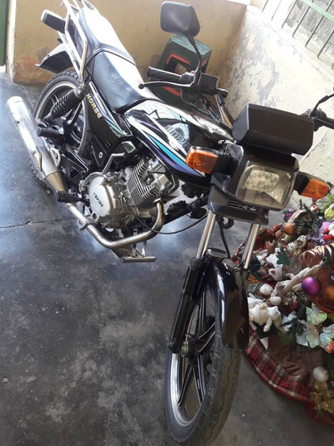 moto keeway año  2014