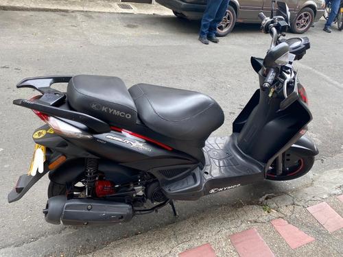 moto kymco agilityxtreme 125 color negra buen estado