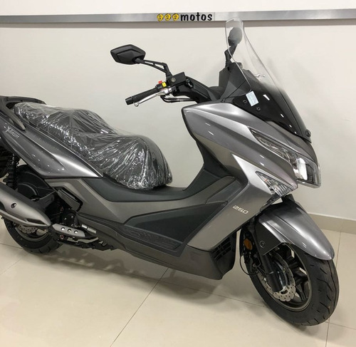 moto kymco xtown 250 0km 250cc 2020 scooter  999 quilmes