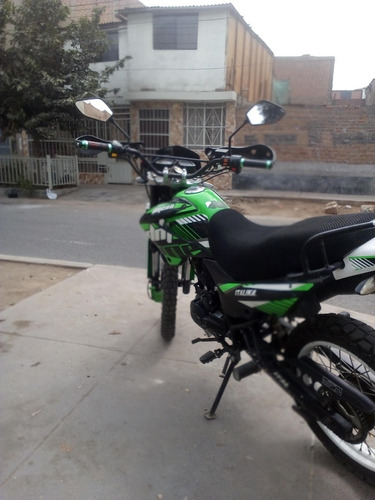 moto lineal -italica dm 200