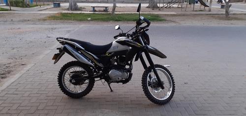moto lineal zongshen 200cc
