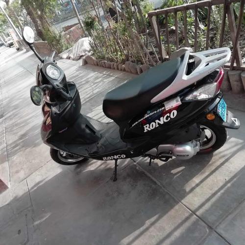 moto marca ronco uso 4 mese km 3428  ! precio a tratar !