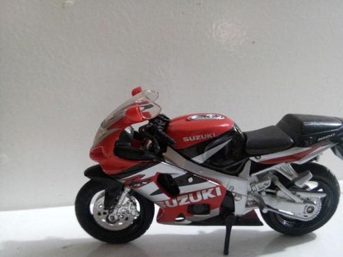 moto miniatura suzuki  r gsx