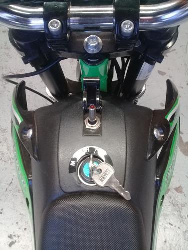 moto modelo mini cross e. 500 watts de potencia.