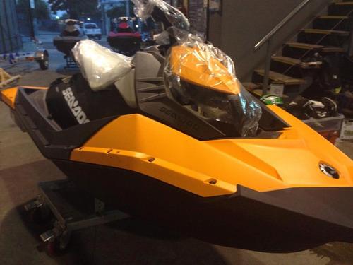 moto moto agua