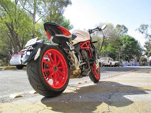 moto mv agusta brutale dragster grc 800 2016