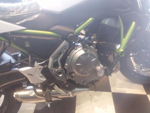 moto naked kawasaki