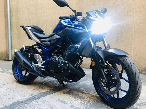 moto naked yamaha mt 03