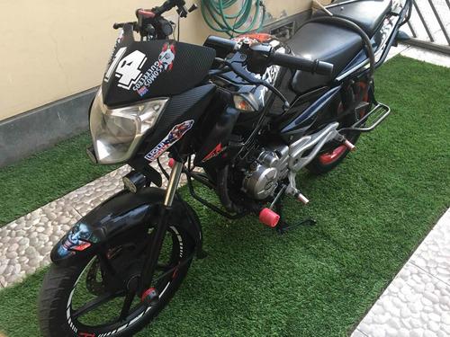 moto pulsar 135ls modificada