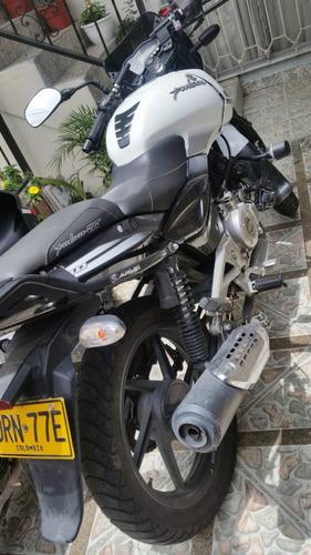 moto pulsar 180 ,modelo 2017 auteco
