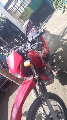 moto qingqi  silindraje 200 la concordia año 2009