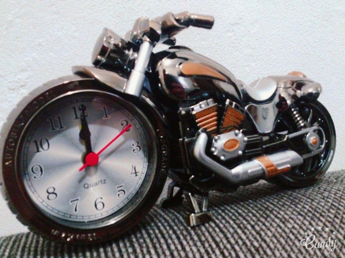 a96d77340d7 moto relógio despertador decoração. Carregando zoom.