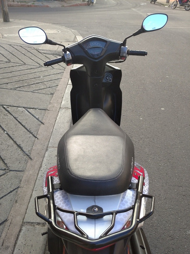 moto scooter agility 125,