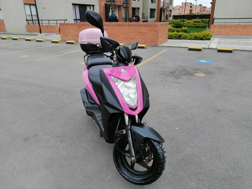 moto scooter agility naked 125 fucsia modelo 2013 30.700 kms