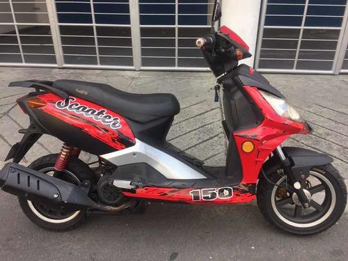 moto scooter automatica barata, $1'150.000 solo carta