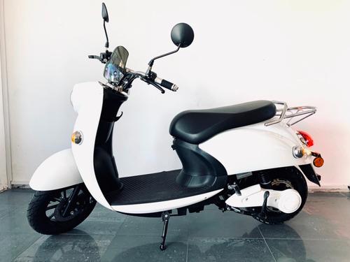 moto scooter eléctrica e-vespa - financia 100% - gaia motors