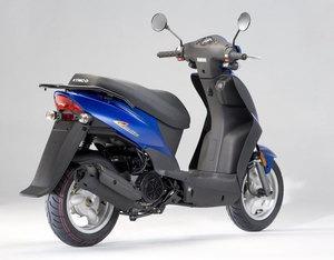 moto scooter kymco agility 125 vespa nuevo 0km urquiza motos