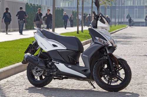 moto scooter kymco agility 200