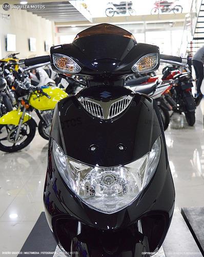 moto scooter suzuki 125