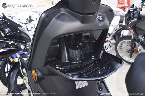 moto scooter suzuki an 125 automatico 0km urquiza motos