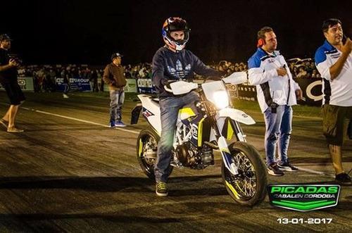 moto super motard 701 husqvarna
