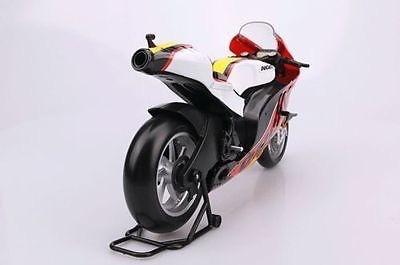 moto superbike ducatti a escala 1/16 marca maisto.