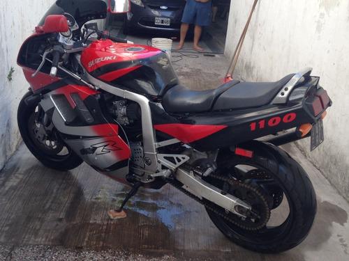 moto suzuki 1100