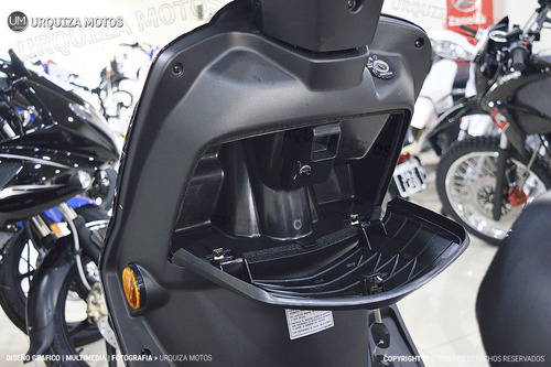 moto suzuki 125 scooter motos