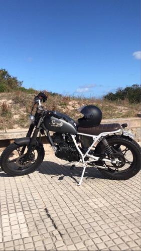 moto suzuki 125cc custom scrambler / tracker