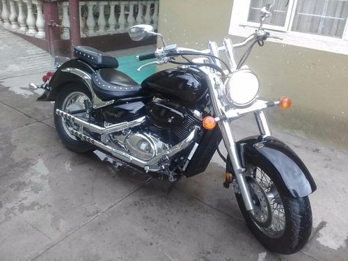 moto suzuki 800 boulevard