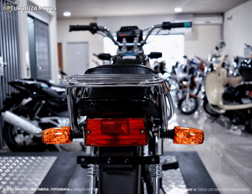 moto suzuki ax 100 cafe racer promo 2t 0km urquiza motos
