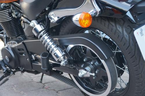 moto suzuki boulevard s40
