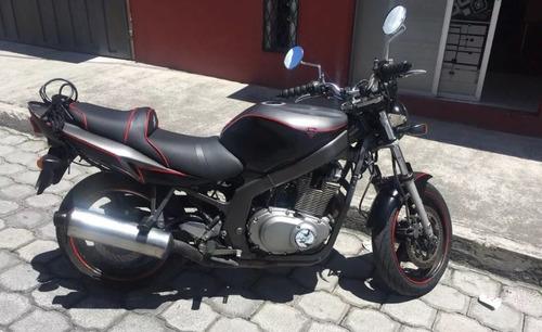 moto suzuki gs500