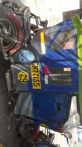 moto taxi en buen estado
