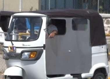 moto taxi ideal para trasporte de personas y mercancias tvs