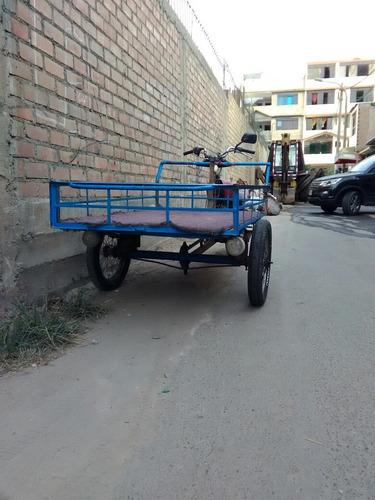 moto triciclo